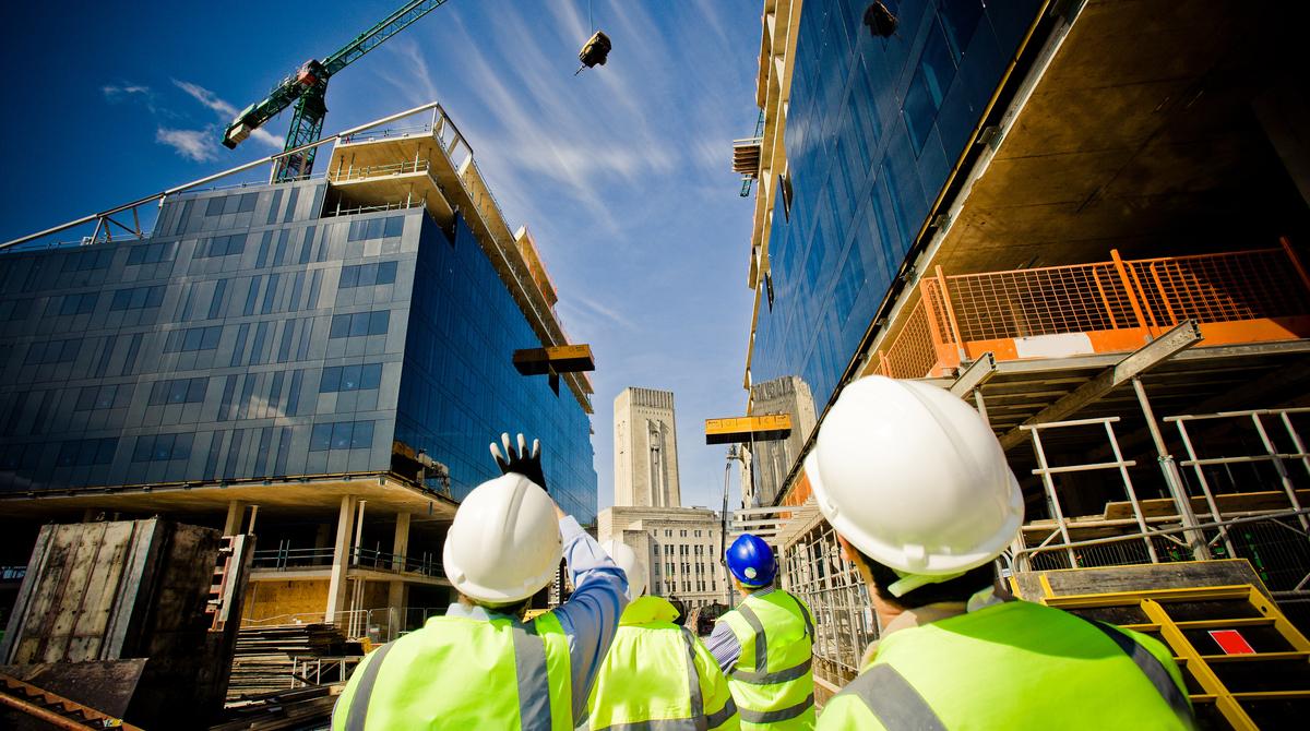 construction ongoing during coronavirus
